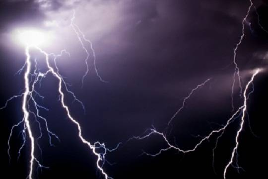 ВМарий Элотудара разрядом молнии погибла женщина