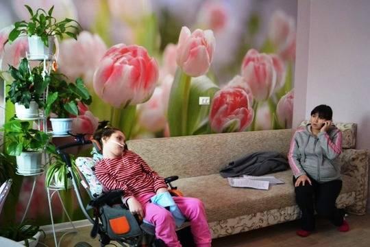 Новочебоксарский суд выселяет изквартиры беременную женщину сребенком-инвалидом